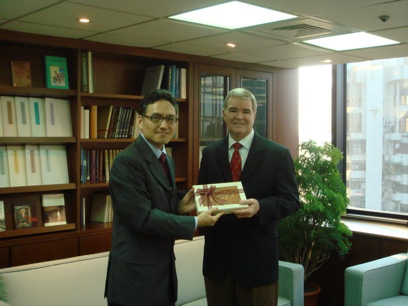 20061018美國華盛頓大學校長Mark Emmert博士來訪